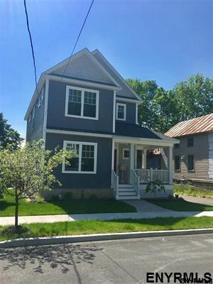 98 Catherine St, Saratoga Springs, NY 12866 (MLS #201813927) :: Weichert Realtors®, Expert Advisors