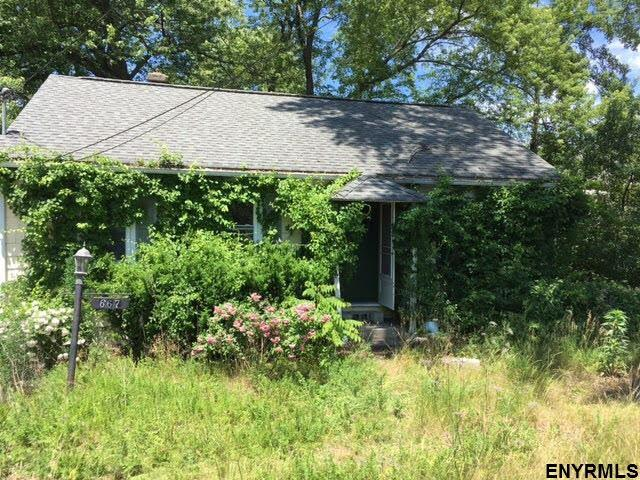 667 Feura Bush Rd, Delmar, NY 12054 (MLS #201822149) :: Weichert Realtors®, Expert Advisors