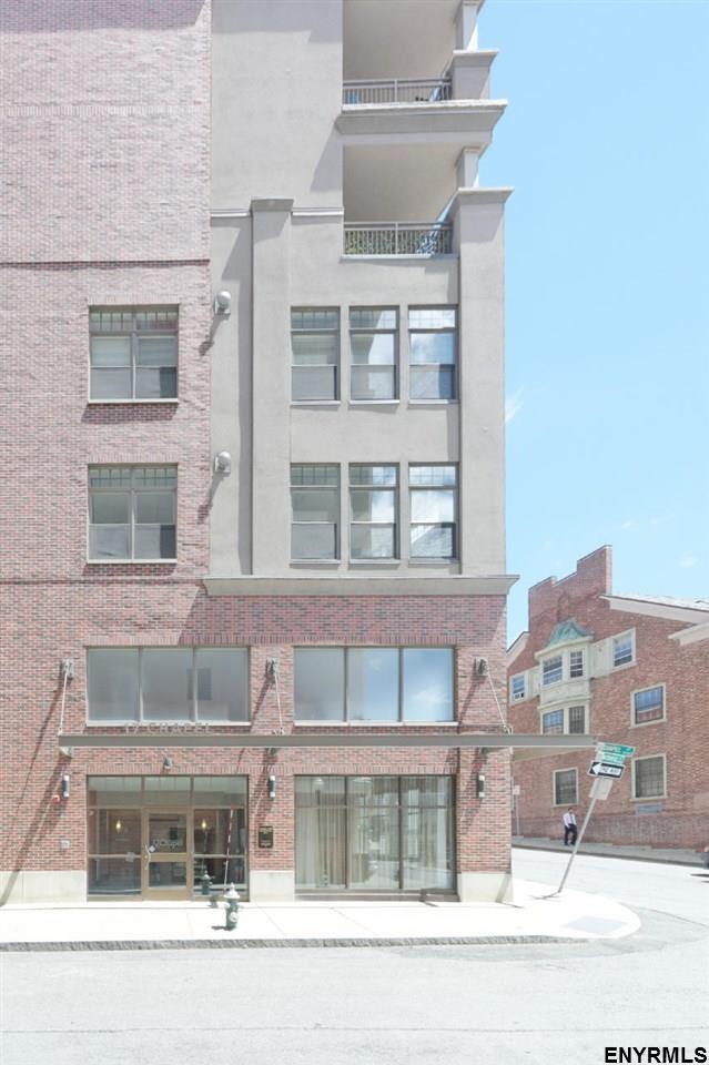 17 Chapel St, Albany, NY 12210 (MLS #201822459) :: Weichert Realtors®, Expert Advisors
