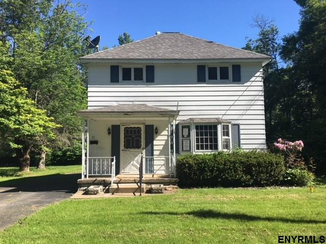 85 Newman St, Gloversville, NY 12078 (MLS #201822609) :: CKM Team Realty