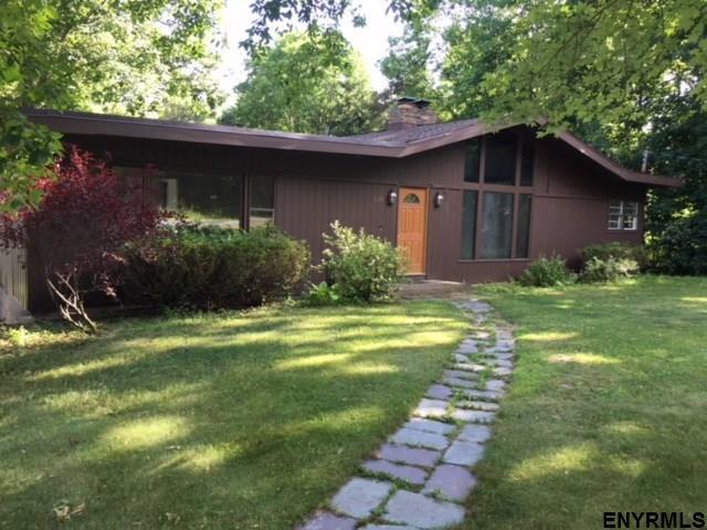329 Closson Rd, Glenville, NY 12302 (MLS #201823877) :: 518Realty.com Inc