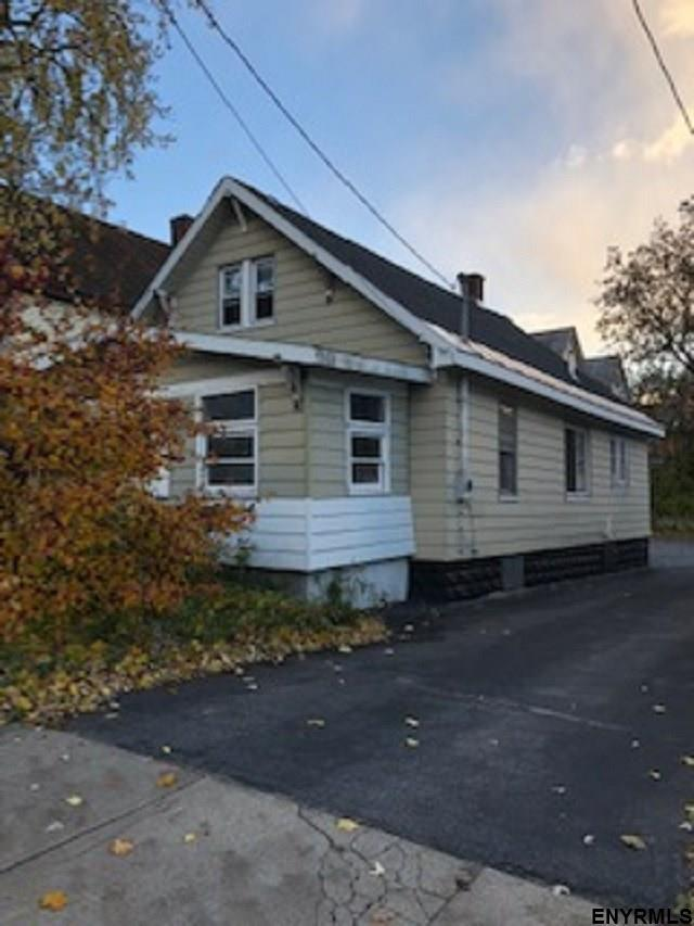 1536 State St, Schenectady, NY 12304 (MLS #201834579) :: CKM Team Realty