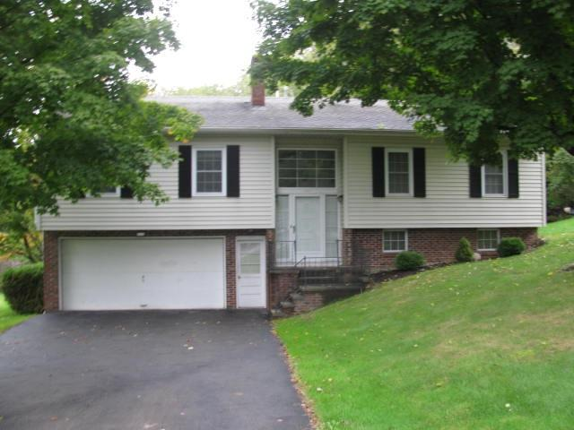 916 South Perry St, Johnstown, NY 12095 (MLS #201915904) :: 518Realty.com Inc