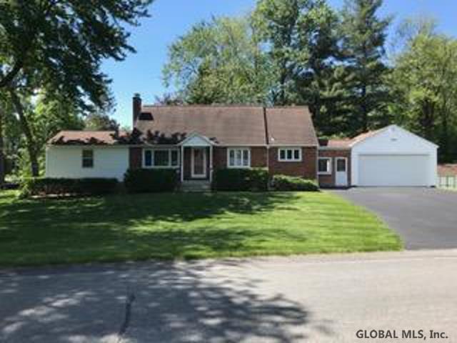 2276 Stuyvesant Dr, Niskayuna, NY 12309 (MLS #201923929) :: Picket Fence Properties