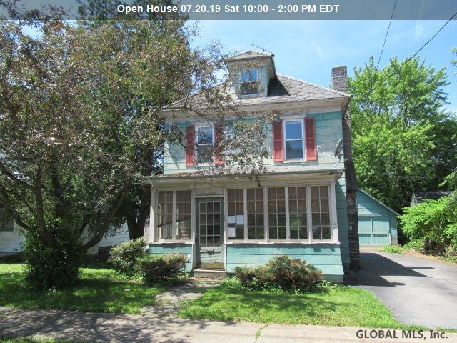 3 South Comrie Av, Johnstown, NY 12095 (MLS #201925291) :: Picket Fence Properties