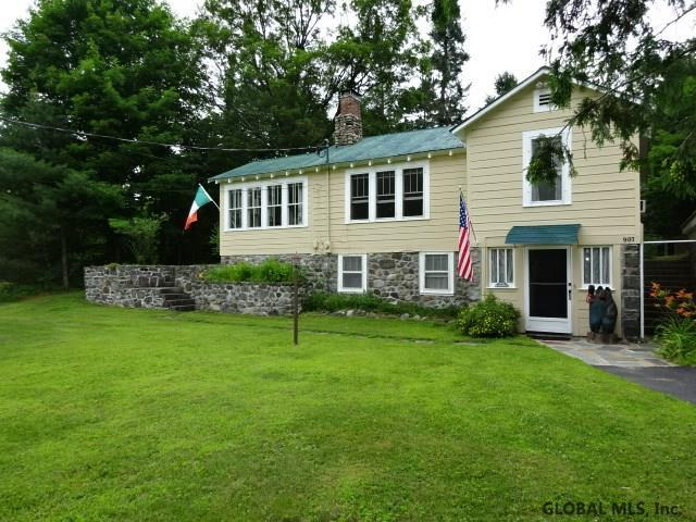 907 East Shore Dr, Adirondack, NY 12808 (MLS #201925658) :: Picket Fence Properties