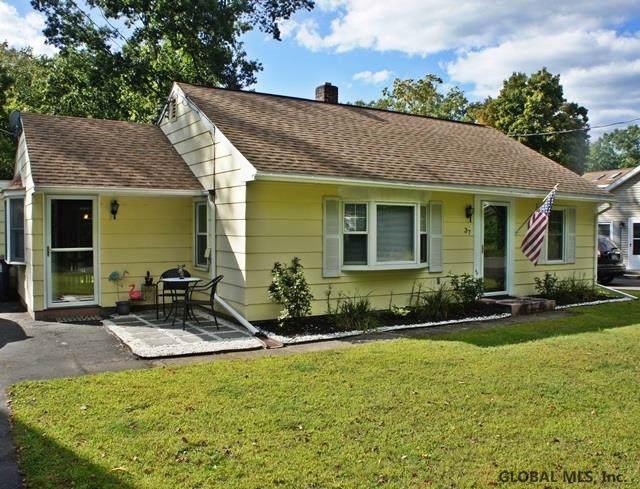 37 Westbrook Dr, Nassau, NY 12123 (MLS #201930414) :: Picket Fence Properties