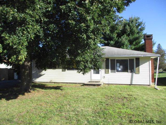 19 Ell St, Ticonderoga, NY 12883 (MLS #201931301) :: Picket Fence Properties