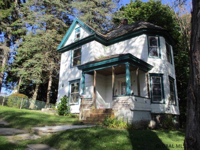 62 Woodside Av, Gloversville, NY 12078 (MLS #201932787) :: Picket Fence Properties