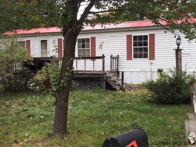 10 Skylark Dr, Warrensburg, NY 12885 (MLS #201932964) :: Picket Fence Properties
