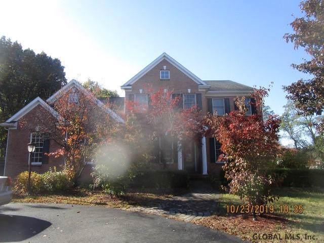 5 Alysha Lynne Ct, Colonie, NY 12110 (MLS #201933727) :: Picket Fence Properties