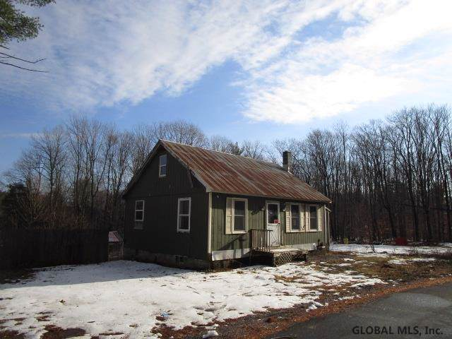 108 Mussey Rd, Johnstown, NY 12095 (MLS #201936056) :: 518Realty.com Inc