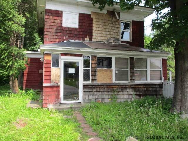 3674 Maple Av, Florida, NY 12010 (MLS #201936821) :: Picket Fence Properties