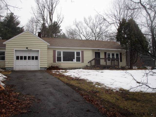 35 Birchwood La, Ballston Spa, NY 12020 (MLS #202010415) :: Picket Fence Properties