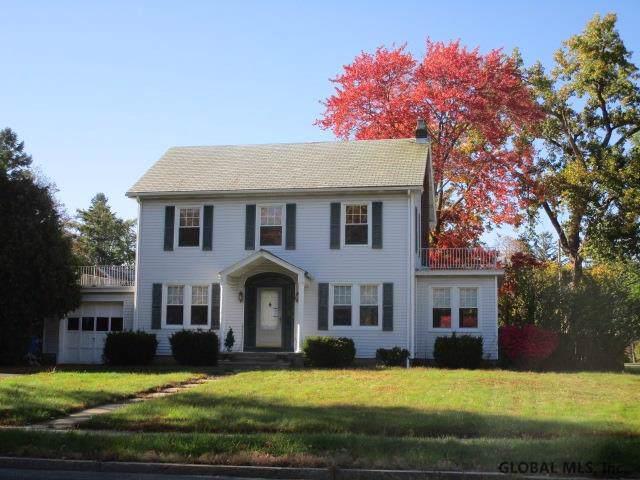 114 S Manning Blvd, Albany, NY 12203 (MLS #202010857) :: Picket Fence Properties