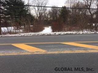 380 Lake Av, Saratoga Springs, NY 12866 (MLS #202011066) :: Picket Fence Properties