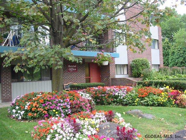 151 Jefferson St 43D, Saratoga Springs, NY 12866 (MLS #202011480) :: Picket Fence Properties