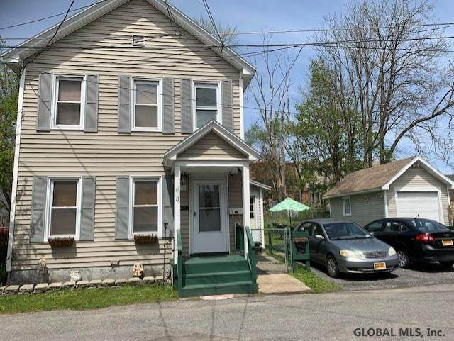 11 Court St, Johnstown, NY 12095 (MLS #202017938) :: The Shannon McCarthy Team | Keller Williams Capital District