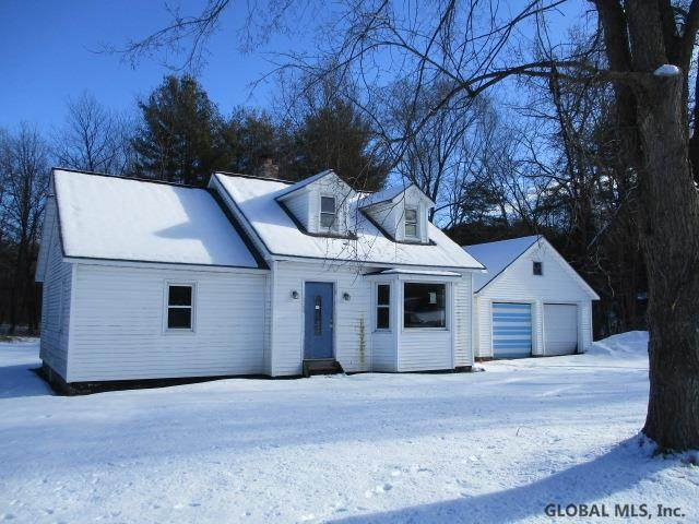 882 Middle Line Rd, Ballston Spa, NY 12020 (MLS #202110721) :: The Shannon McCarthy Team | Keller Williams Capital District