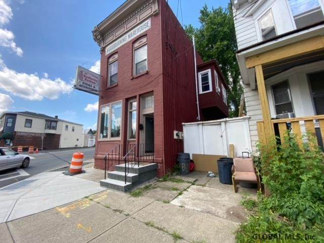 901 Broadway Front Commercia, Watervliet, NY 12189 (MLS #202110944) :: Carrow Real Estate Services