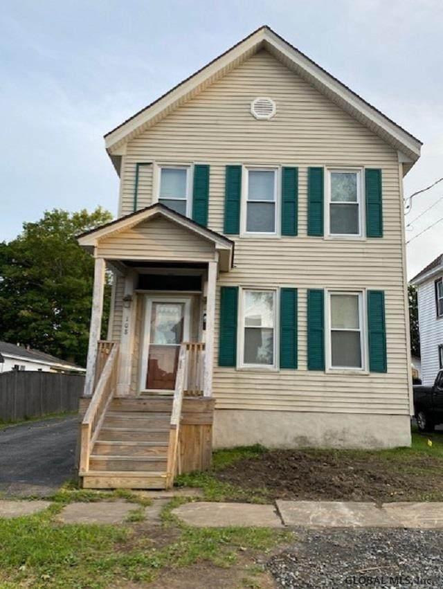 108 Prospect St, Johnstown, NY 12095 (MLS #202126268) :: 518Realty.com Inc