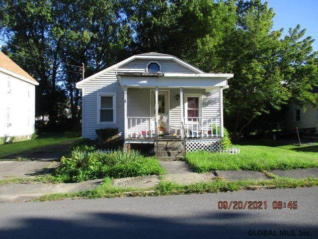12 4TH ST, Amsterdam, NY 12010 (MLS #202129394) :: The Shannon McCarthy Team   Keller Williams Capital District