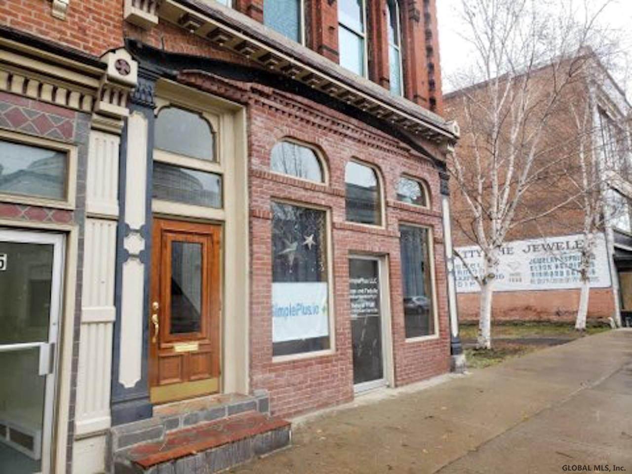 7 North Main St - Photo 1