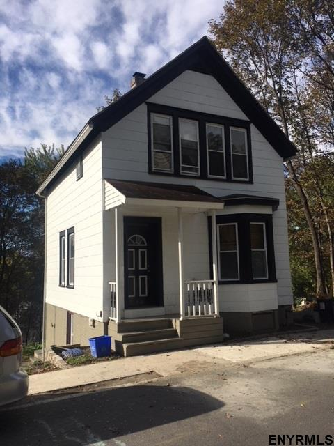 1407 Second St, Rensselaer, NY 12144 (MLS #201720143) :: 518Realty.com Inc