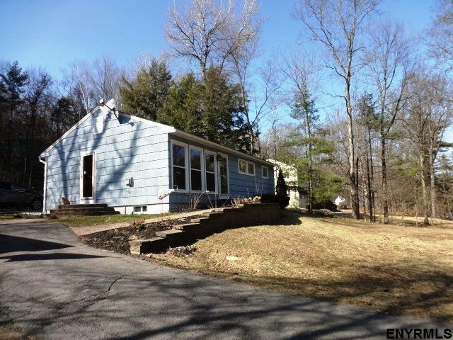 75 Middle Rd, Lake George, NY 12845 (MLS #201815822) :: 518Realty.com Inc
