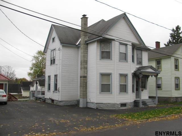 108 Pearl St, Johnstown, NY 12095 (MLS #201832688) :: Weichert Realtors®, Expert Advisors