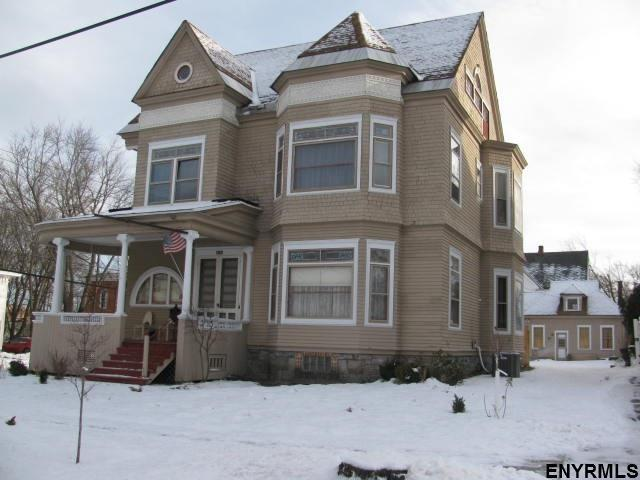 100 S William St, Johnstown, NY 12095 (MLS #201910698) :: Victoria M Gettings Team