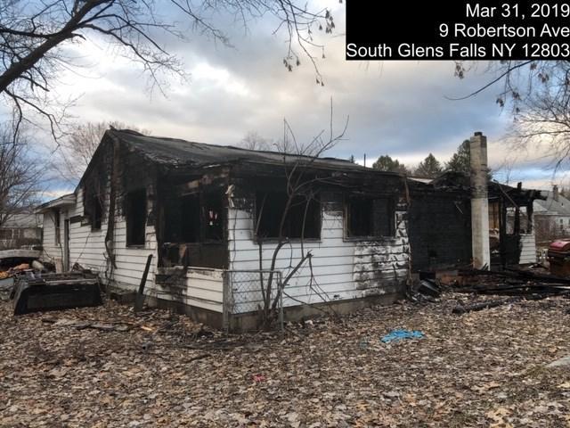 9 Robertson Av, South Glens Falls, NY 12801 (MLS #201916699) :: Weichert Realtors®, Expert Advisors