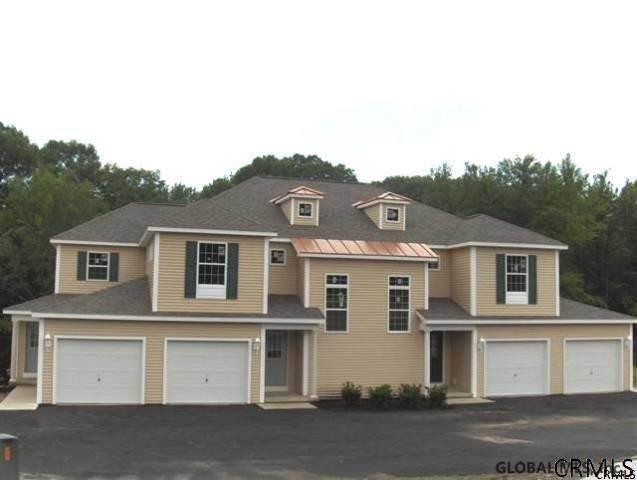 102 Royale Ct, South Troy, NY 12180 (MLS #201920304) :: Victoria M Gettings Team