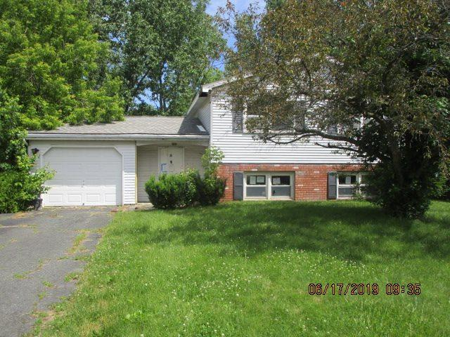 5 Pike Creek Dr, Cohoes, NY 12047 (MLS #201923242) :: Picket Fence Properties