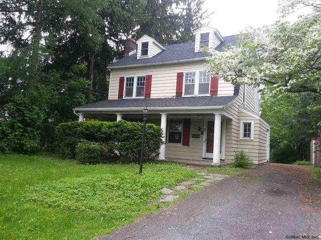 2 Amherst Av, Albany, NY 12208 (MLS #201924632) :: Picket Fence Properties