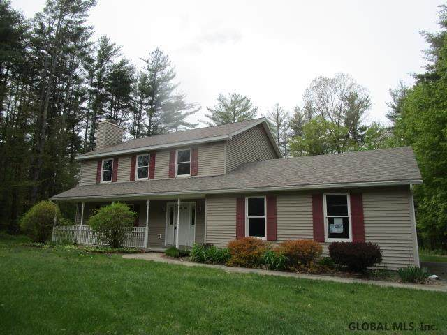 2 Pine Brook Dr, Ballston Spa, NY 12020 (MLS #202117774) :: Carrow Real Estate Services