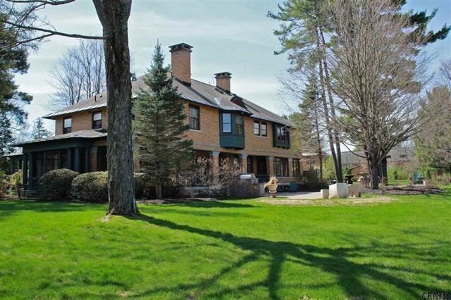 55 Myrtle St, Saratoga Springs, NY 12866 (MLS #201402824) :: Weichert Realtors®, Expert Advisors