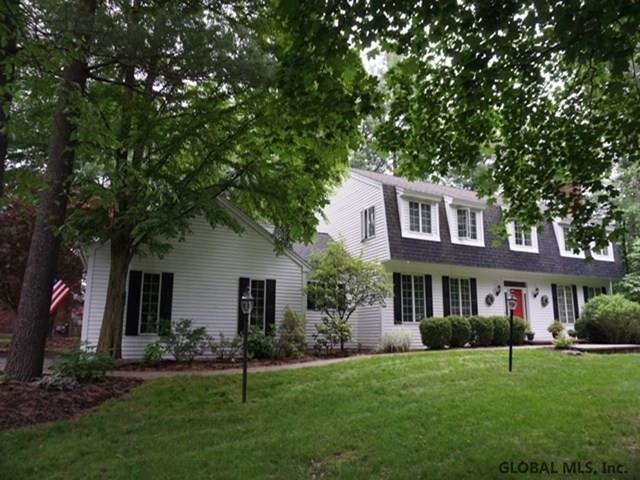 108 Darroch Rd, Delmar, NY 12054 (MLS #201923039) :: Picket Fence Properties