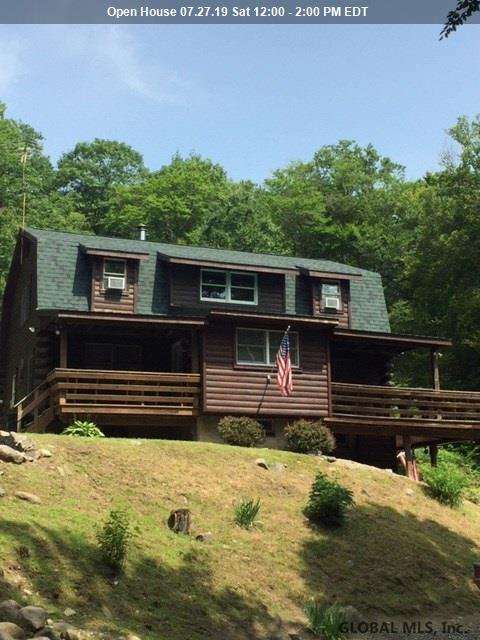 26 Smith Mountain Rd, Lake Luzerne, NY 12846 (MLS #201924737) :: Picket Fence Properties