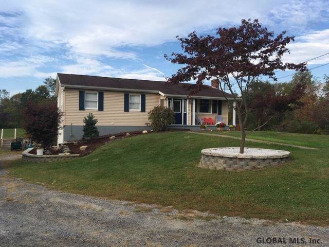 185 Middle Line Rd, Ballston Spa, NY 12020 (MLS #201931053) :: Picket Fence Properties