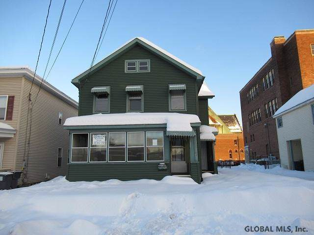 36 Grove St, Mechanicville, NY 12118 (MLS #201932220) :: Picket Fence Properties