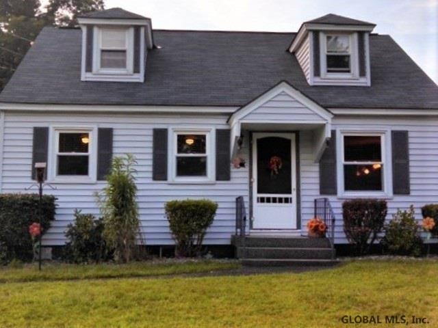 24 Killean Pk, Albany, NY 12205 (MLS #201911036) :: Picket Fence Properties