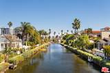 437 Carroll Canal - Photo 3