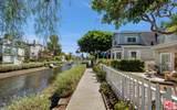 422 Carroll Canal - Photo 2
