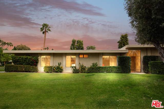 2201 Oakcrest Drive, Palm Springs, CA 92264 (#19534152) :: Pacific Playa Realty