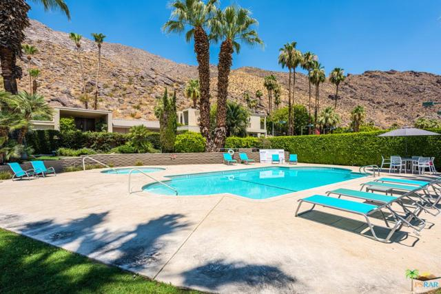555 W Baristo Road C35, Palm Springs, CA 92262 (#17247292PS) :: The Real Estate Offices of Talbot and Watson