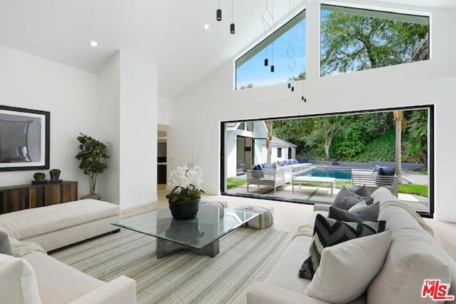 2511 Benedict Canyon Drive, Beverly Hills, CA 90210 (#17243032) :: TBG Homes - Keller Williams