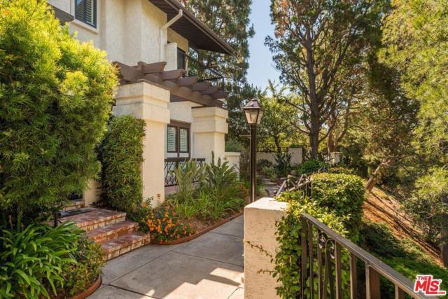 1464 Palisades Drive, Pacific Palisades, CA 90272 (#17244206) :: The Fineman Suarez Team
