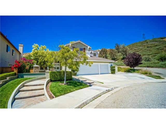 17705 Heron Lane, Canyon Country, CA 91387 (#SR17142375) :: Paris and Connor MacIvor