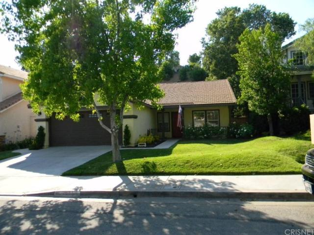22254 Pamplico Drive, Saugus, CA 91350 (#SR17142417) :: Paris and Connor MacIvor